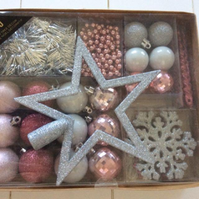 Holiday/Christmas tree decorations