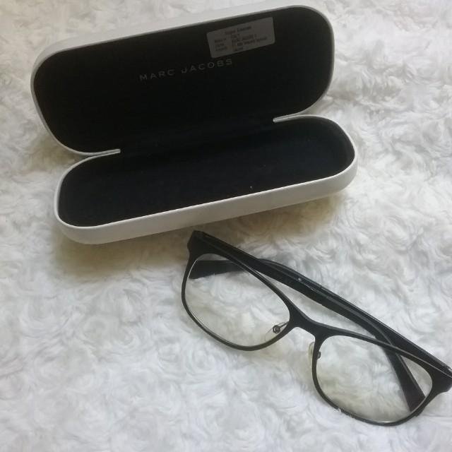 Kacamata unisex