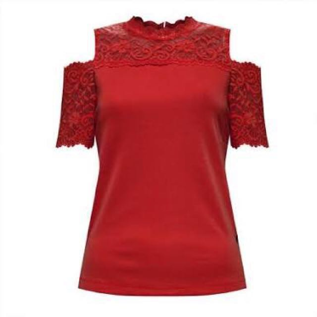 Kamiseta Small off shoulder lace red blouse like New