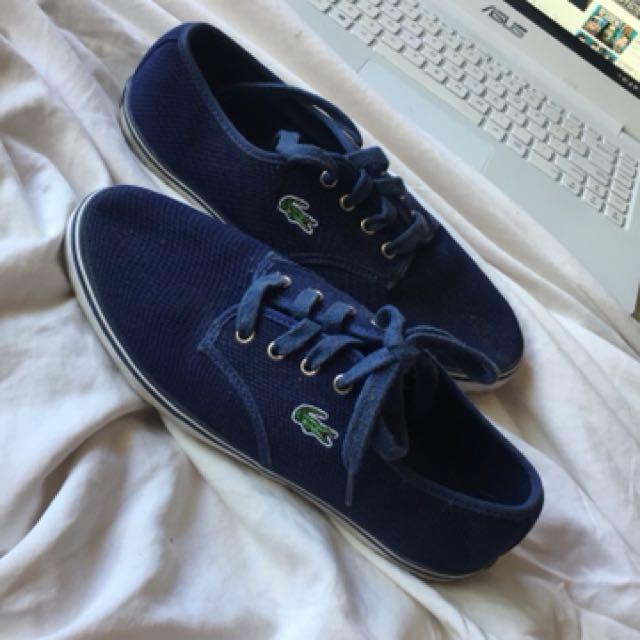 Lacoste Navy canvas shoe sneaker
