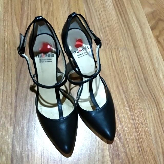 Mikaela high heels