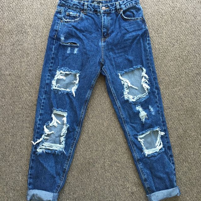Mom Jean's - Size 10
