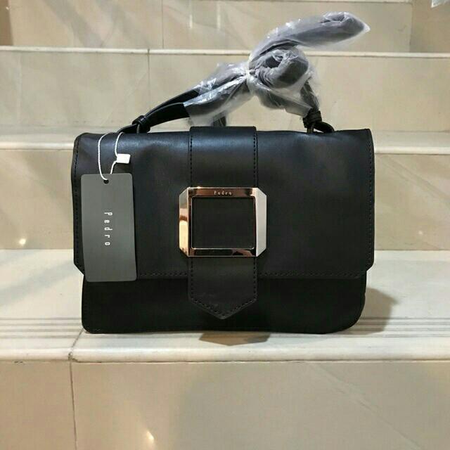 NEW!!PEDRO SLING BAG