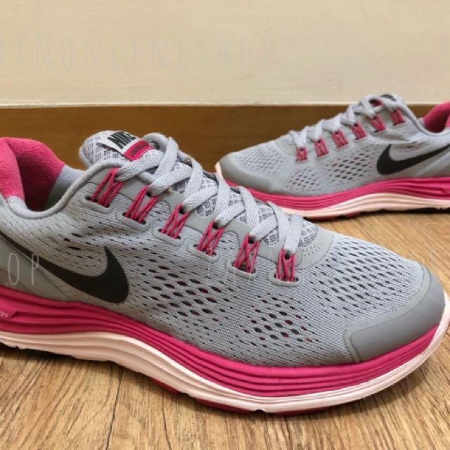 Nike shoes for women 100% Authentic
