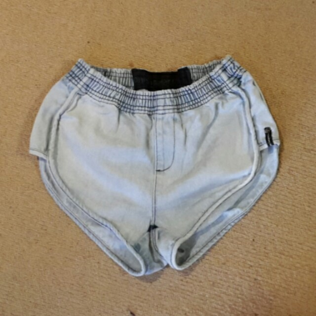 PRICE DROP!!! ONE TEASPOON Oneteaspoon denim shorts sporty vintage 70's sz 8