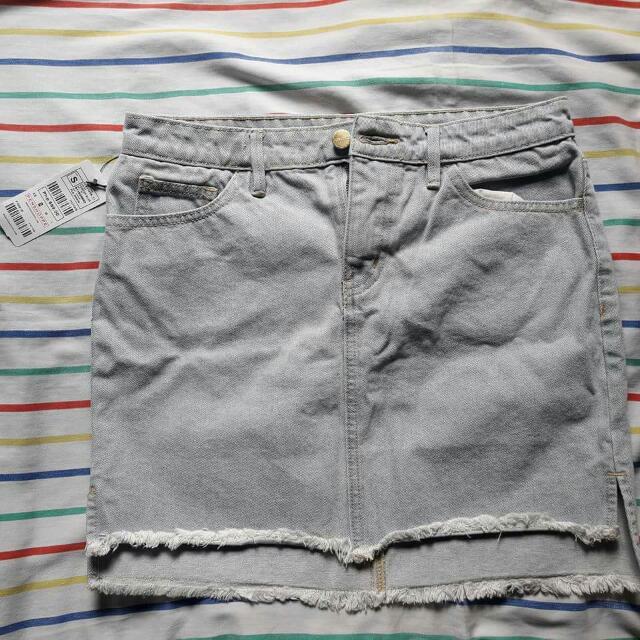 Penshoppe Denim Skirt Powder blue