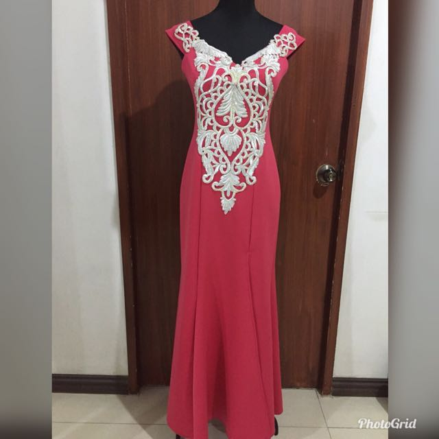 Pomelo Gown w/ Slit for Rent, Women\'s Fashion, Clothes on Carousell