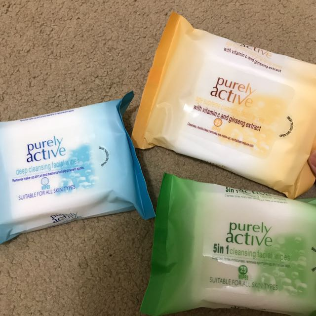 PURELY ACTIVE makeup wipes