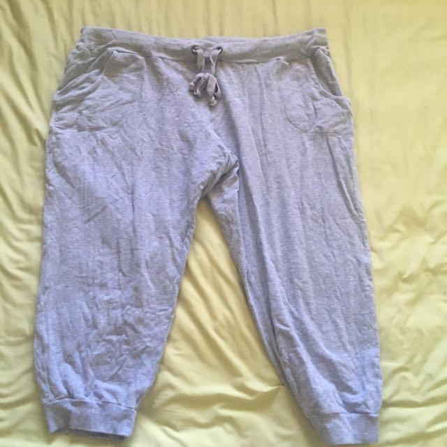 Size 18 Grey 3/4 pants