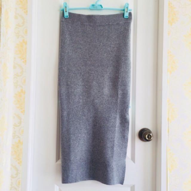 Stradevarius long skirt
