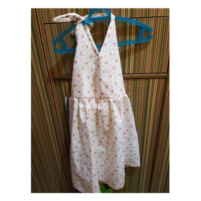 Sunny floral dress for 3 yo