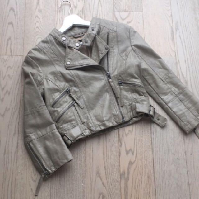 TOPSHOP biker beige- khaki leather jacket crop