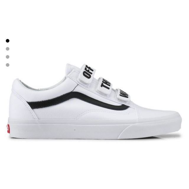 Vans Classic Strap On 'OFF THE WALL