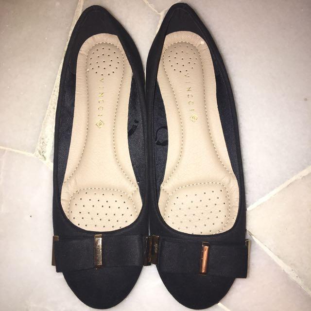 Vincci Black Shoes