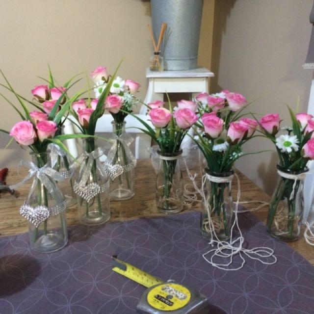 Wedding flower with vases