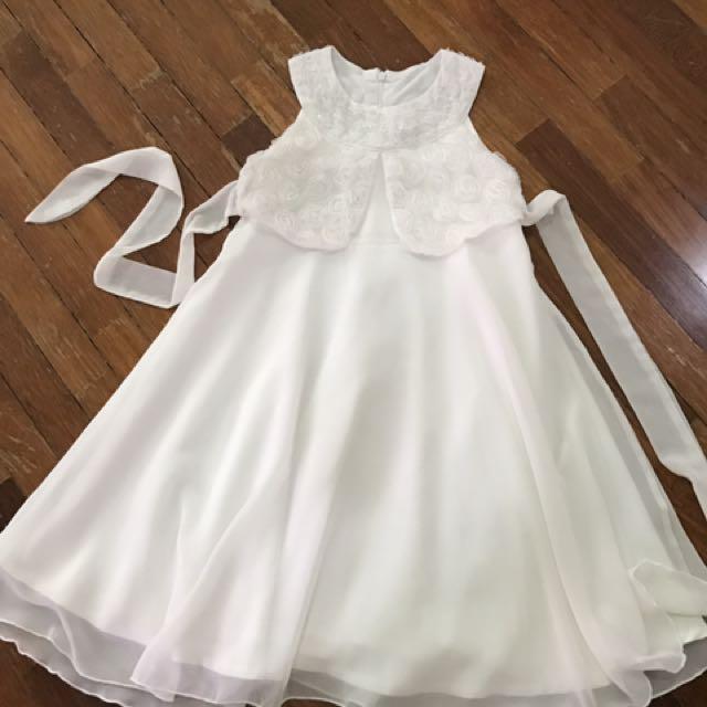 White lace chiffon dress