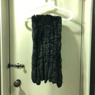 100% rabbit fur scarf. Worn once