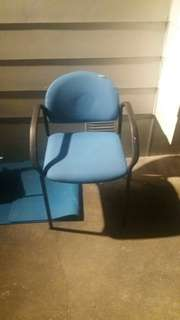 Blue material black handle sturdy office chair