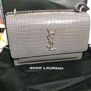 YSL 聖羅蘭 真皮鱷魚紋 灰色 SAINT LAURENT Monogram Sunset Medium Leather Shoulder Bag