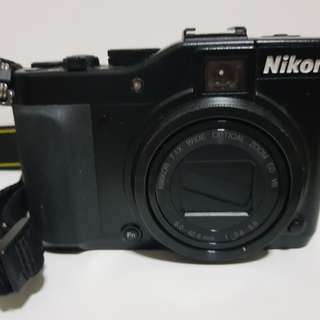 Nikon Coolpix P7000 Used camera - come with free charger & strap