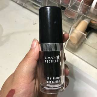 Lakme Illuminating Foundation