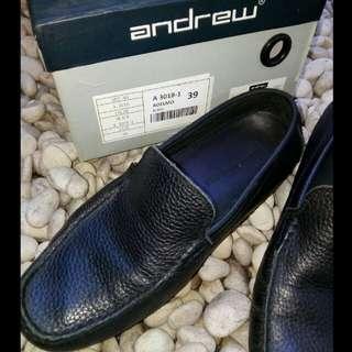 Andrew Black Original Size 39