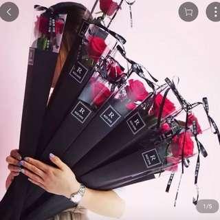 【情人節點小得送花比👱🏻♀女友】禮盒裝有黑色 紫色 粉紅色