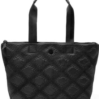 美國代購TORY BURCH -Flame quilted embroidered shell tote