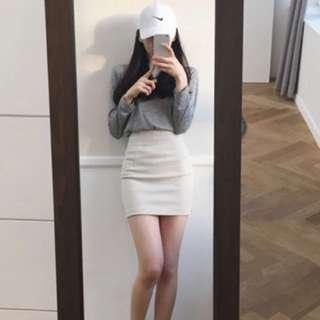 白色勁修身裙!現全新