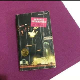 Novel jakarta undecover