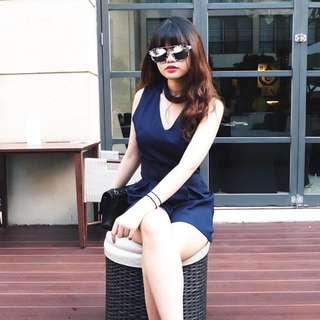 V jumpsuit (navy blue)