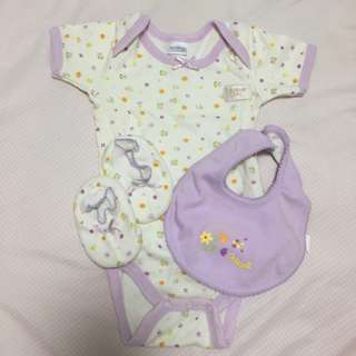 Preloved assorted newborn baby girl wear