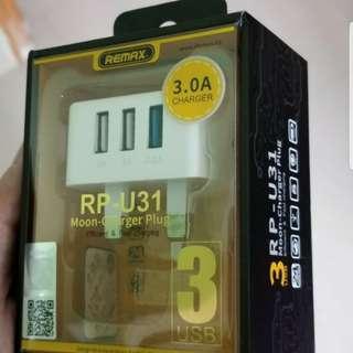 充電器 可為3個device 叉電