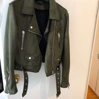 BRAND NEW FAUX SUEDE FOREST GREEN JACKET FROM ZARA SIZE M