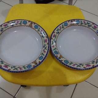 2pcs piring porselen