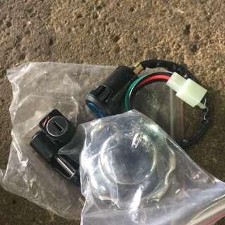 Honda cg 125 fuel cap , ignitions key , helmet lock