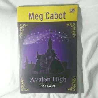 Avalon High by Meg Cabot [TERJEMAHAN BAHASA]