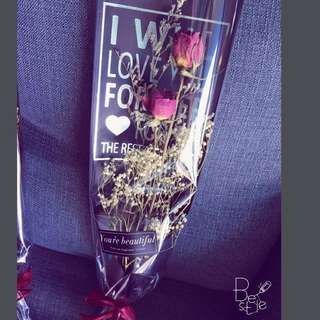 Hot selling item!! Dried rose Flower @sgd10 ( fast grab)while stock last