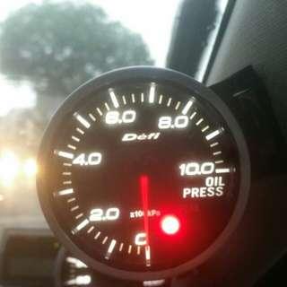Defi oil pressure meter