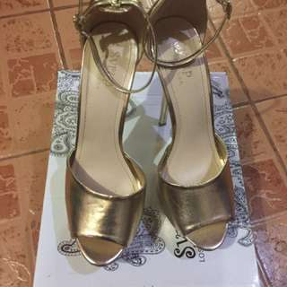 Gold 5.5 inches heels