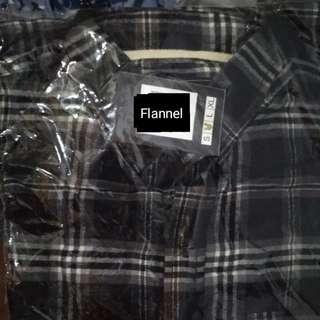 Kemeja Flannel
