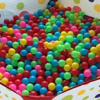 1000 Colourful Balls for Playpen Ballpit - Babies Toddlers - Local