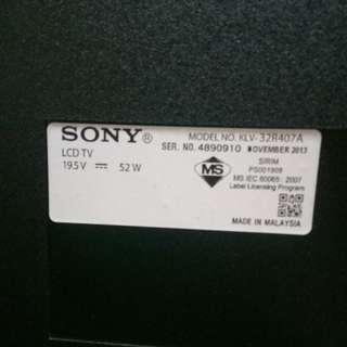 "Sony Bravia LCD TV - used - 32"" - 7500 pesos"