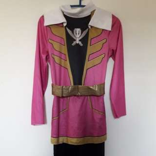 Costume power rangers pink.