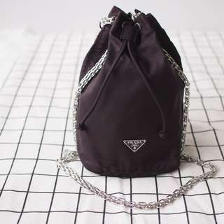 Prada mini bucket bag 黑色 紫色chanel ysl gucci