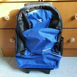 Backpack wif puller wif wheel