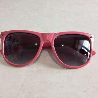 Pink Rayban Wayfarer Sunglasses (KW)