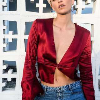 RENT: BEC AND BRIDGE Decadent L/S Top / Selling and renting brands like Zimmermann, Bec and Bridge, Viktoria and Woods, Maurie and Eve, Realisation Par, Rat and Boa, C&M Camilla and Marc, Alice McCall