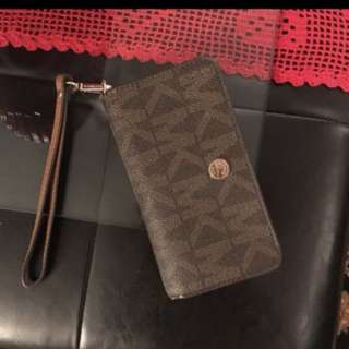 Brand name wallets and purse