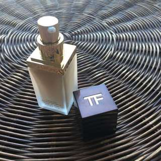 Authentic Tom Ford traceless foundation spf15 used once